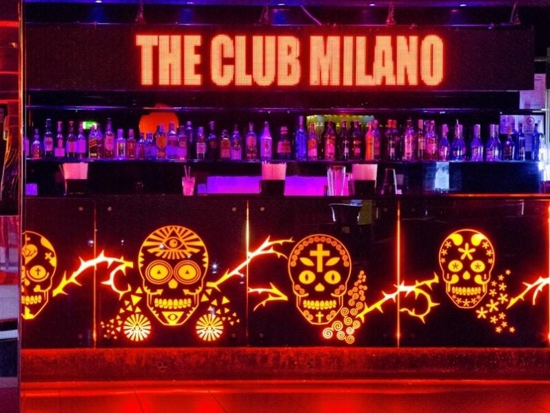 the_club_09